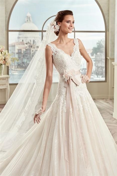 Výprodej svatební šaty b2eaf01010